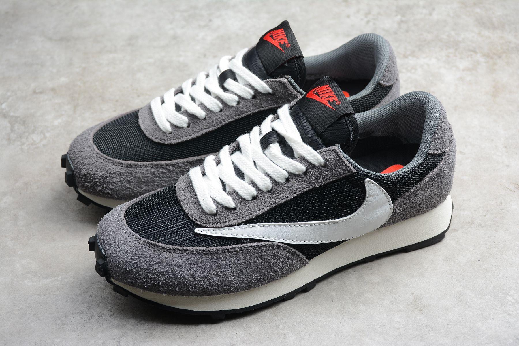 Men's and women's Nike Daybreak SP gray black and white