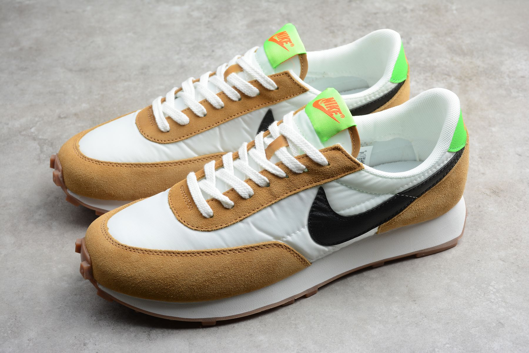 Nike Daybreak Casual Shoes Leather Nylon Suede
