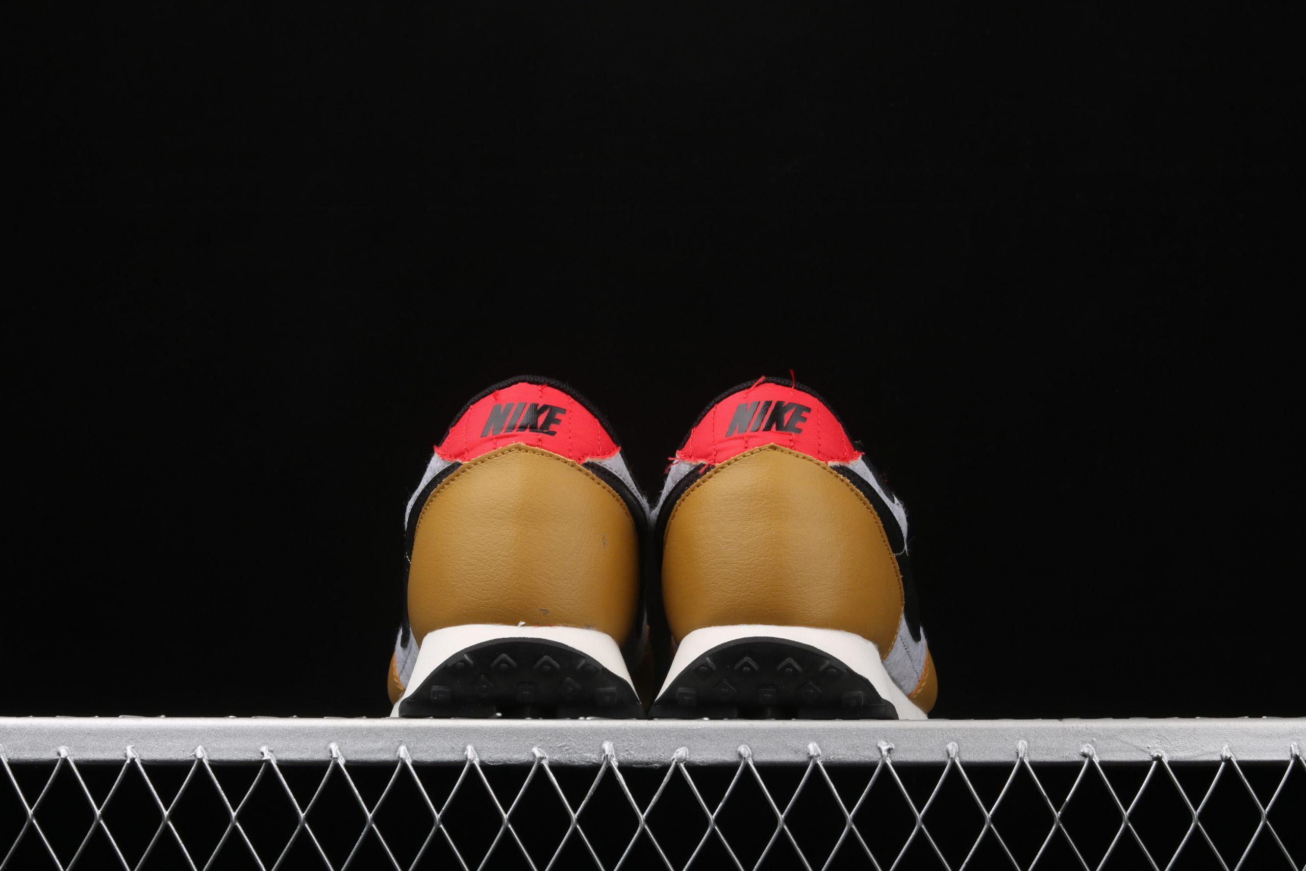 Wmns Daybreak QS Gold Suede Red Grey Heel