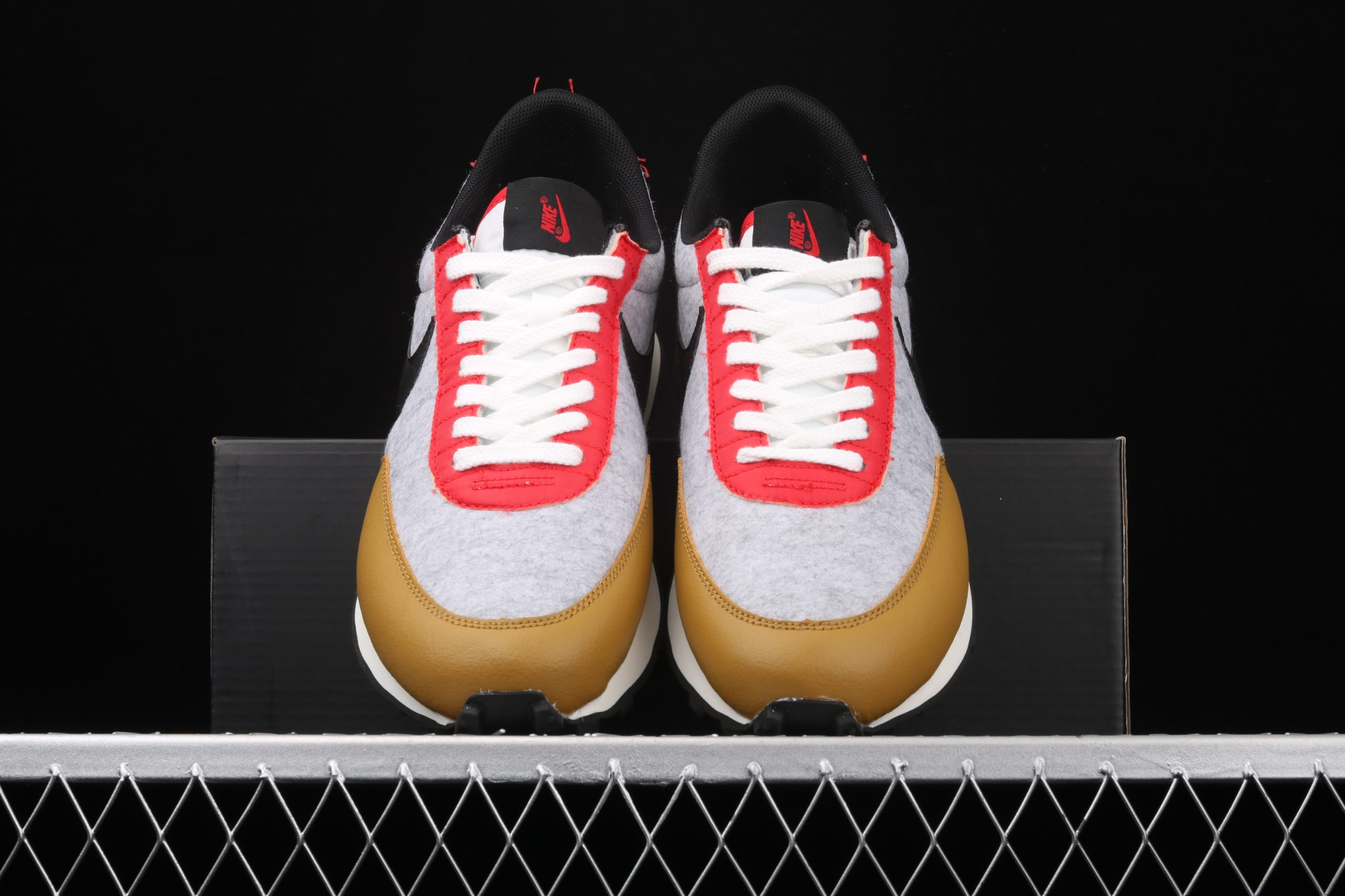Wmns Daybreak QS Gold Suede Red Grey Shop