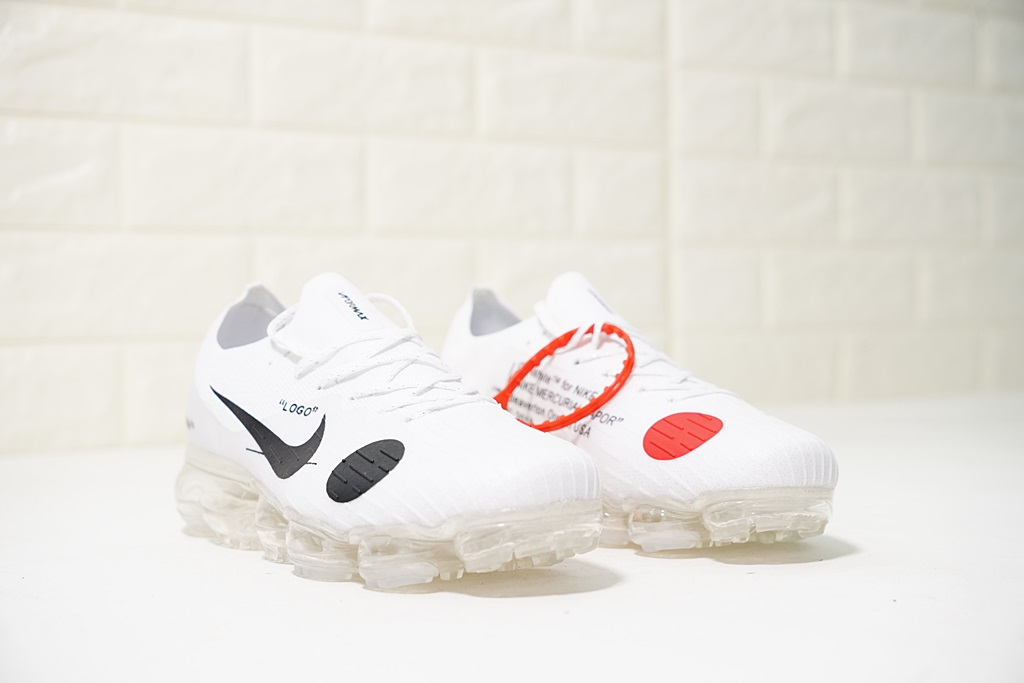 Off-white x Nike Air VaporMax steam cushion running shoes black and white Upper