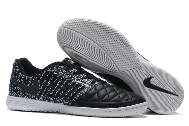 Nike Lunar Gato II black Outside