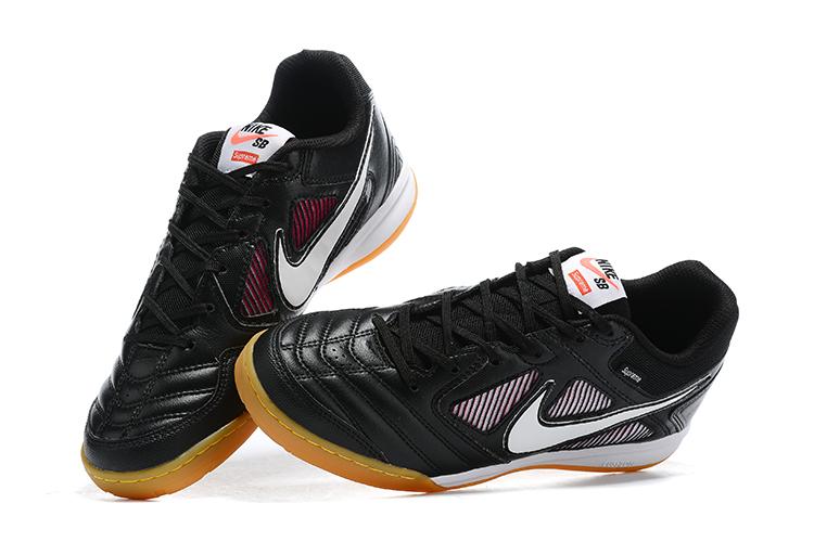 Supreme x Nike SB Gato limited edition flat shoes black Upper