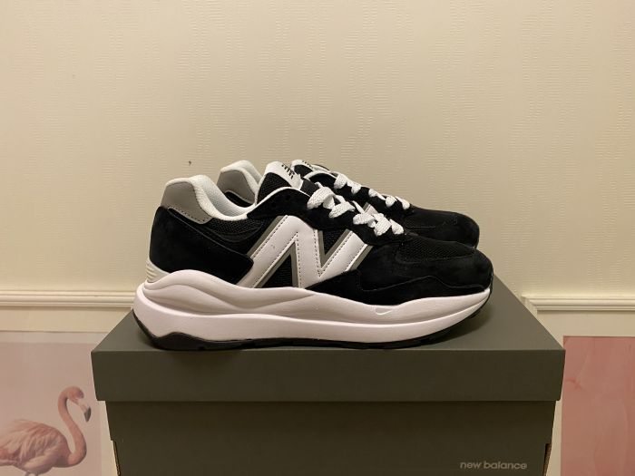201New Balance M5740CB black and white casual shoes sneakers