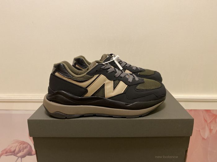 2021 New Balance M5740LNX black brown casual shoes sneakers jogging shoes Right