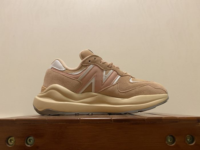 New Balance M5740CC casual shoes sneakers Inside