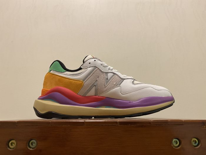 New Balance M5740LA Casual Shoes Sneakers Inside