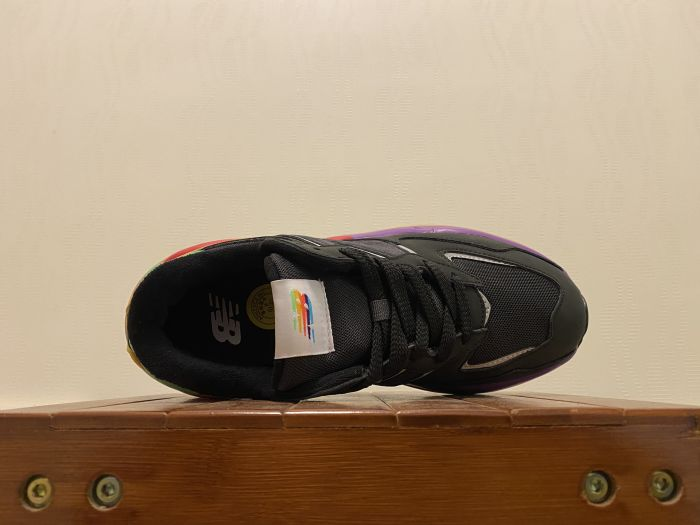 New Balance M5740LB casual shoes couple shoes inside of