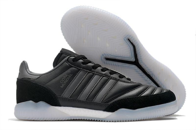 Adidas COPA MUNDIAL TR black flat football sneakers