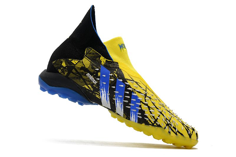 Adidas PREDATOR FREAK + TF rivet yellow and black football boots Right