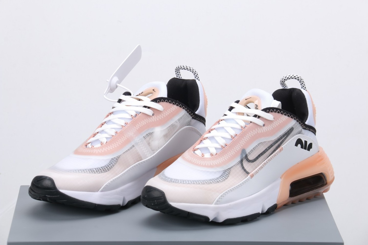 New ike Air Max 2090 Summit White Champagne Football Grey Black CV8727-100 overall