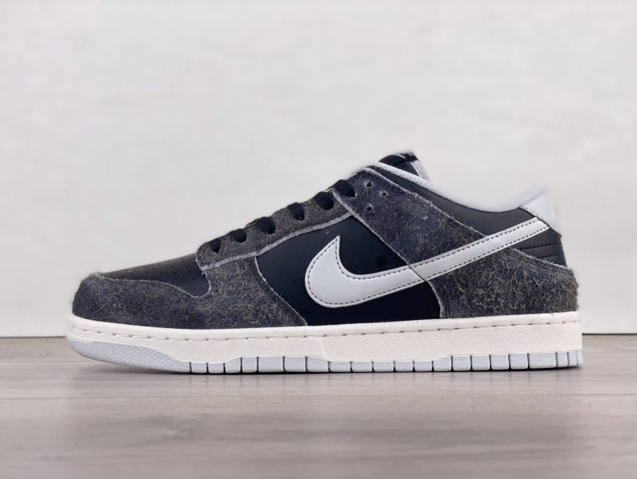 2021 Release Nike Dunk Low Retro Animal Pack Zebra DH7913-001