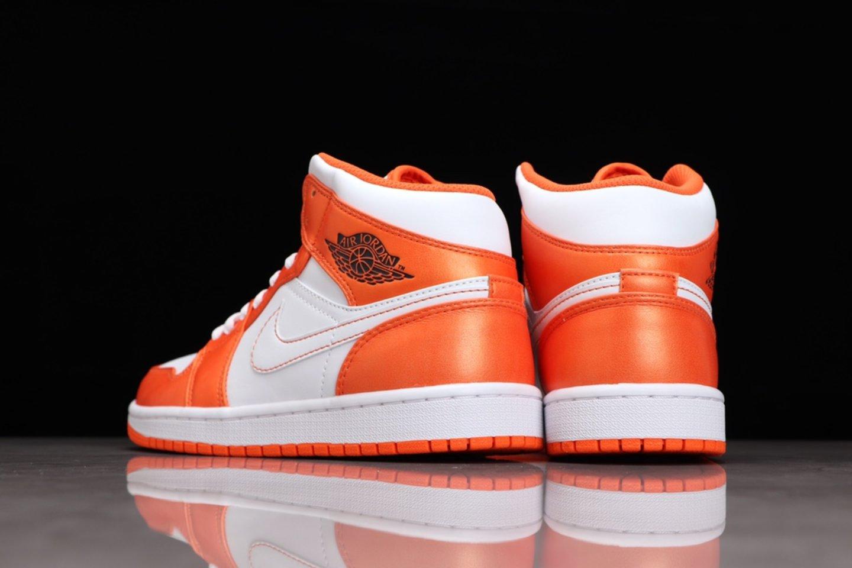 Best-selling Air Jordan 1 Mid Electro Orange Basketball Shoes DM3531-800 Back heel