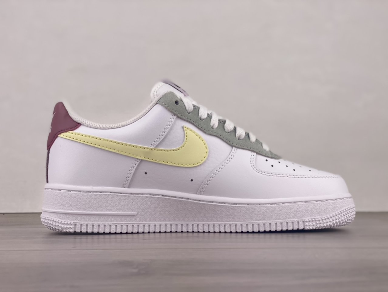 Cheap Nike Air Force 1 Low Muted Pastels White Pink DN4930-100 Inside