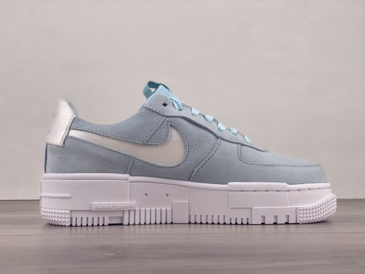 Nike Air Force 1 Pixel Glacier Blue Casual Shoes DH3855-400 Sell