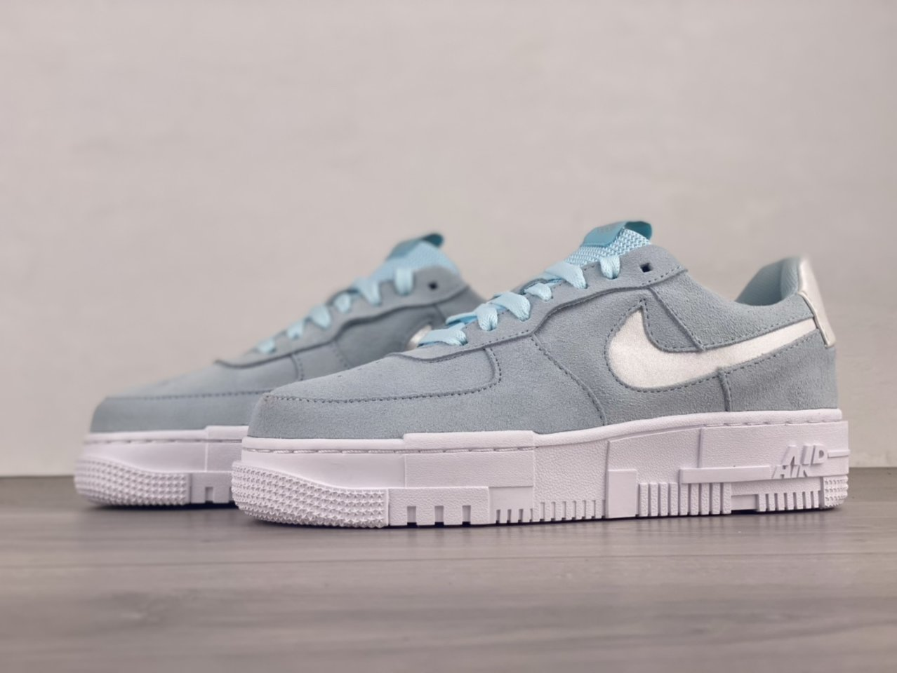 Nike Air Force 1 Pixel Glacier Blue Casual Shoes DH3855-400 side